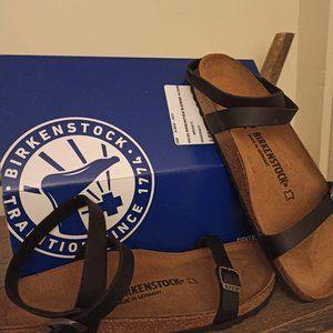 NEVER WORN Birkenstock Daloa sandals Size 40